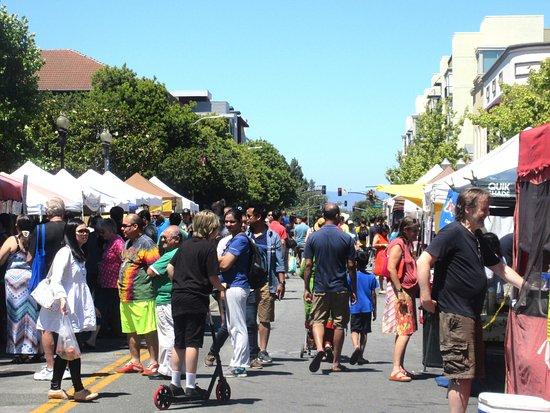 Popular Sunnyvale Farmers Market, Sunnyvale, CA
