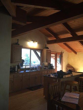 Sequoia Village Inn: photo0.jpg