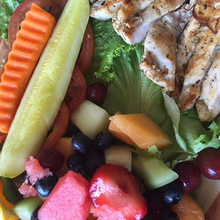 State College, Пенсильвания: dieter's delight platter