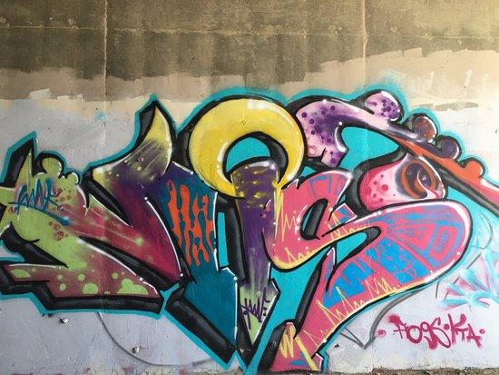 Simi Valley, Καλιφόρνια: Graffiti in the tunnel