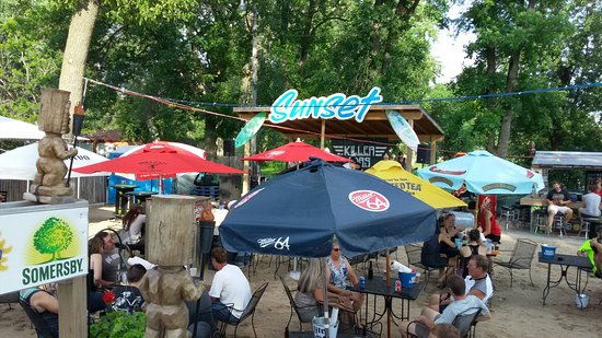 Fort Atkinson (WI) United States  city photo : ... Music! Picture of Sunset Bar & Grill, Fort Atkinson TripAdvisor