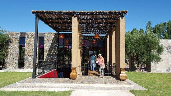 Maipu, Arjantin: Entrada a uno de los salones