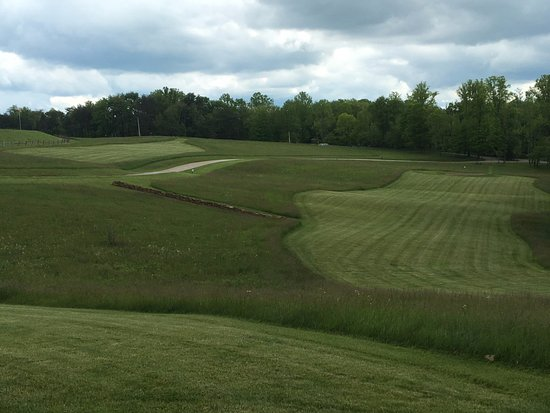 Rockbridge, OH: Wide Open Greens with Rough All-Around