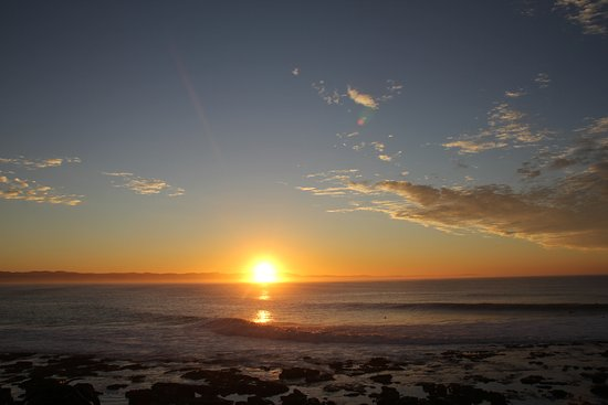 Jeffreys Bay, Afrika Selatan: the sunrise from my room