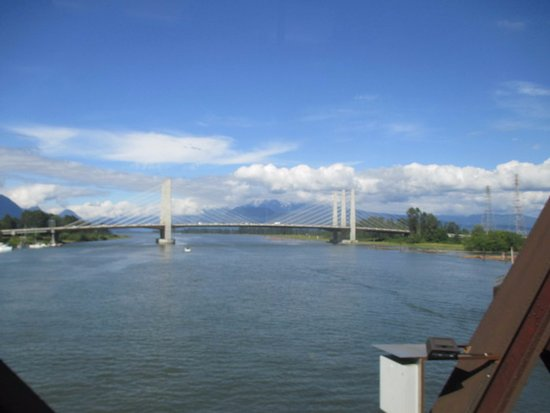 Pitt River Bridge