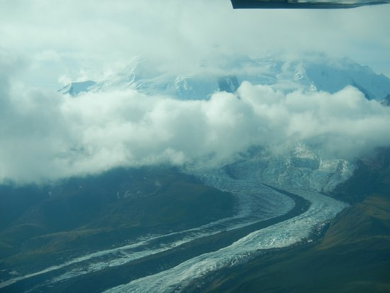Glennallen, AK : Long flowing river of ice. AKA: Glacier