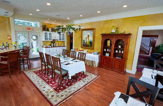Mount Vernon, OH: Breakfast Room