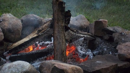 Gloversville, estado de Nueva York: great fire pit