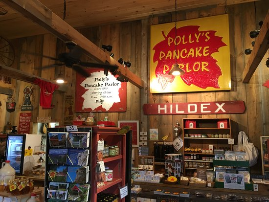 Sugar Hill, NH : lots of souvenirs you can buy