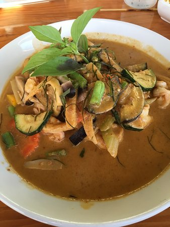 Tong's Thai Island Cuisine: photo0.jpg