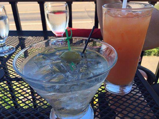 Grand Marais, MN: Cocktails!