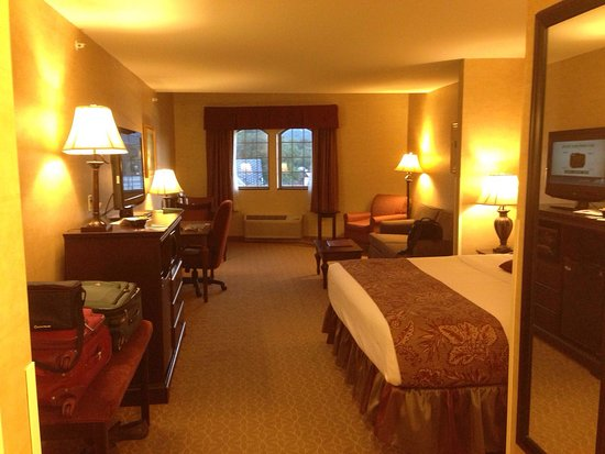 BEST WESTERN PLUS Vineyard Inn & Suites: King Suite