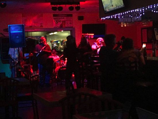 Cocomo Joes Beach Bar And Grill Live Band