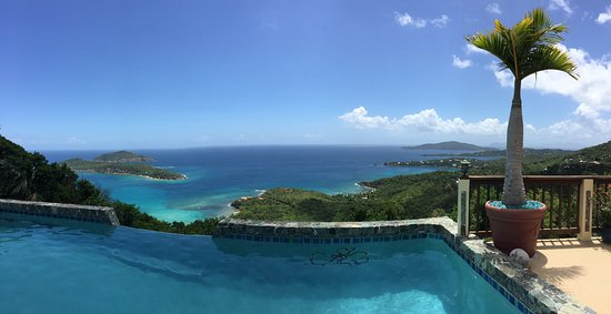 North Side, St. Thomas: The view!!!
