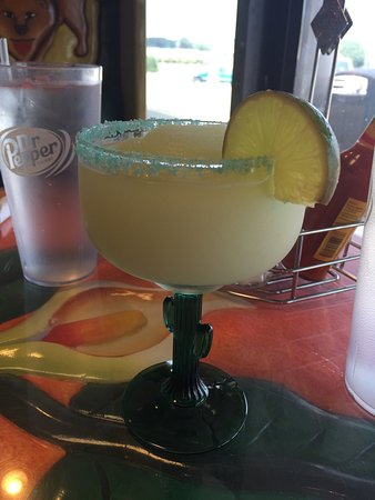 Somerset, KY: Nice frozen margarita on a hot day!