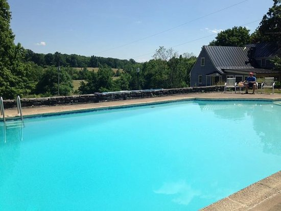 Stephens City, VA: The pool