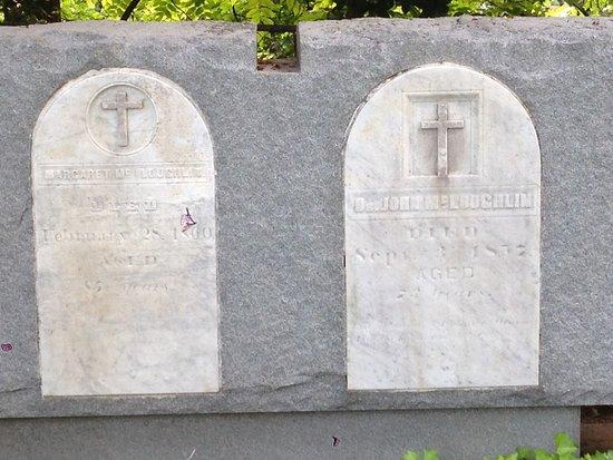 Oregon City, OR: McLoughlin Graves