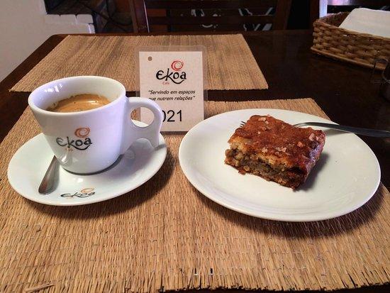 Ekoa Café : banana cake!!