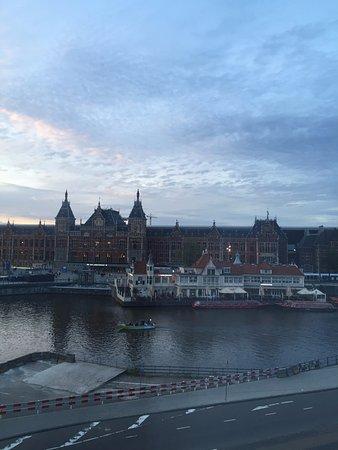 Hotel Prins Hendrik: Estación Amsterdam Centraal