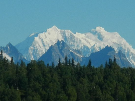 Trapper Creek, อลาสกา: More of Denali from lodge