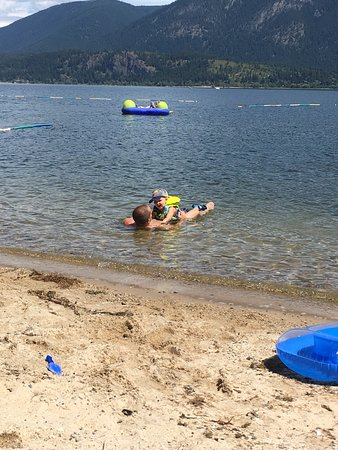 Salmon Arm, Canadá: We loved this campground we just stayed for 7 days and had the best family vacation