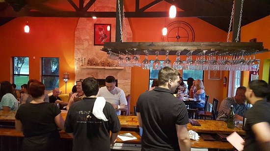 Wine 101 in Old Town Helotes