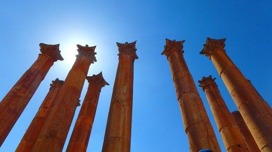 Jerash, Jordan: massive columns