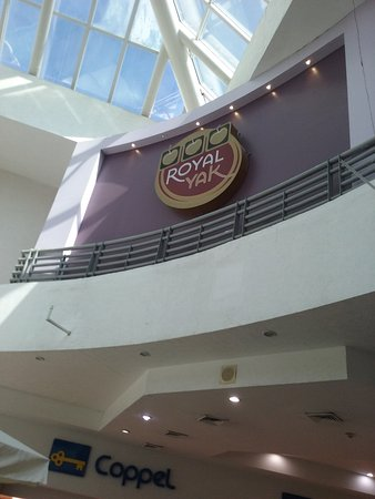 Royal Yak Casino & Sports Book