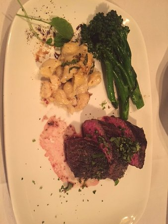 Million Dollar Cowboy Steakhouse: Steak, broccolini, lobster mac n cheese!! YUM!