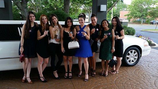 Burlington, ماساتشوستس: Bachelorette party.