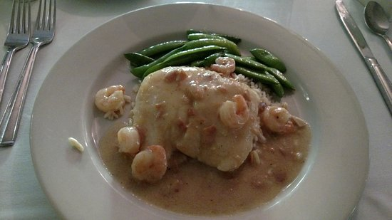 Little River Inn: Sole Almondine