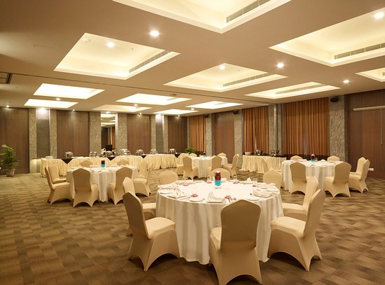 Grey Suit Kakkavakkam (Thiruvallur District, India) - Hotel