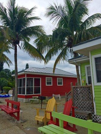 Castaways Cottages of Sanibel: photo0.jpg
