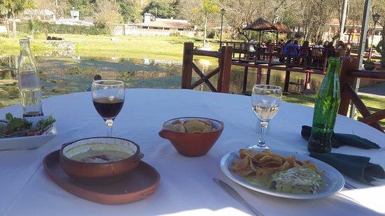 Yala, Argentina: Trucha en cazuela y lomo a la mostaza