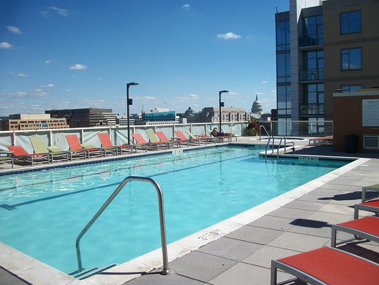 Capital View : Our pool access M-F!