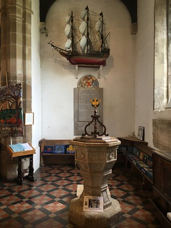 Painswick, UK: Great village history and artifacts