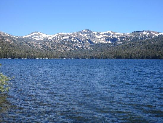 Placerville, Kalifornien: Caples Lake ,Eldorado National Forest, Ca