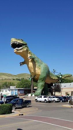 World's Largest Dinosaur: 20160721_155806_large.jpg