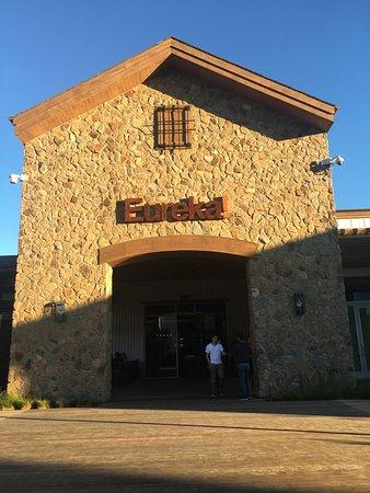 Cupertino, كاليفورنيا: eureka