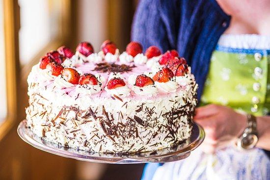 Marquartstein, Alemania: Unsere Kuchenspezialitäten