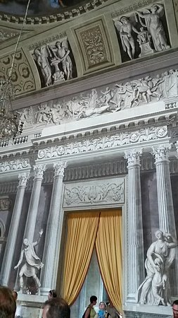 Govone, Italia: 20160724_164432_large.jpg