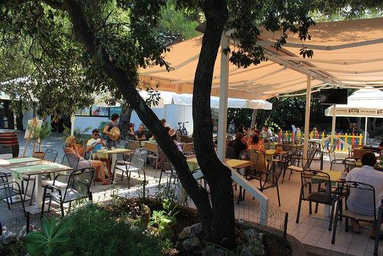 Nerezine, Hırvatistan: Terrace