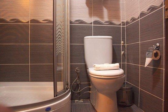 Galata Istanbul Hotel : Twinn Room Bathroom