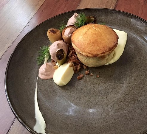 Ballandean, Australia: Confit turkey pie with turkey liver parfait