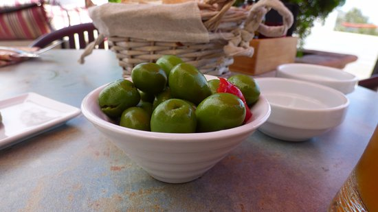 Comares, Spanien: selection of olives