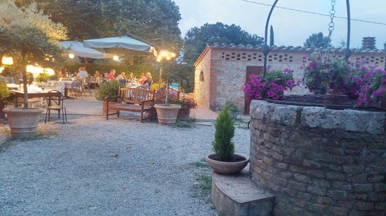 Sovicille, Italy: 20160724_205649_HDR_large.jpg