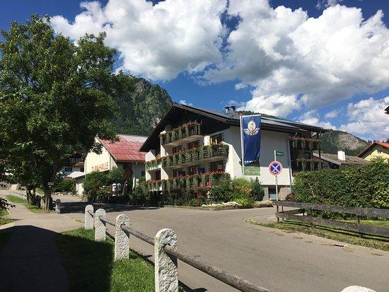 Hotel Restaurant Amadeus: Außenansicht
