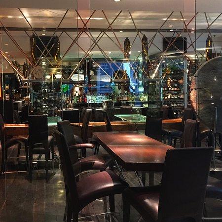 Bar@494