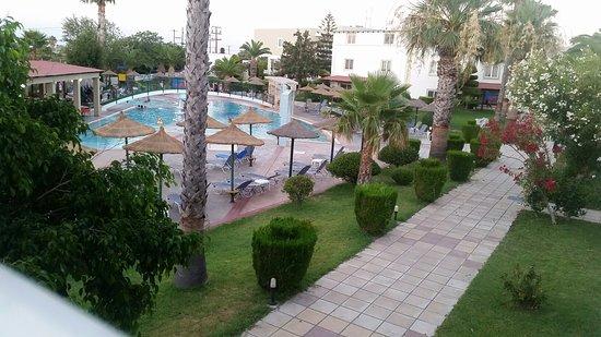 Hotel Corali: 20160716_202745_large.jpg