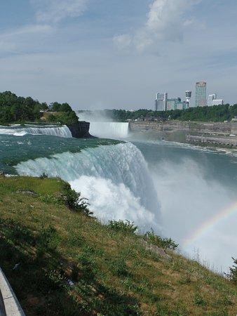 Niagara Falls State Park: Beautiful